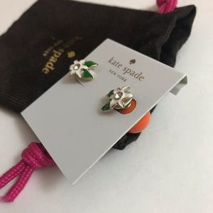 NWT Kate Spade orange blossom stud earrings 🍊